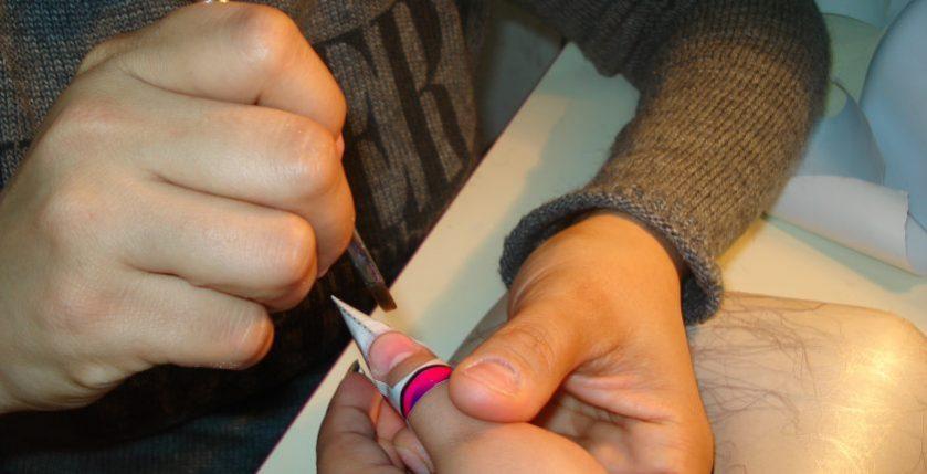 Curs de unghii false