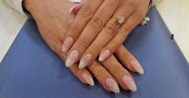 Cursuri unghii false